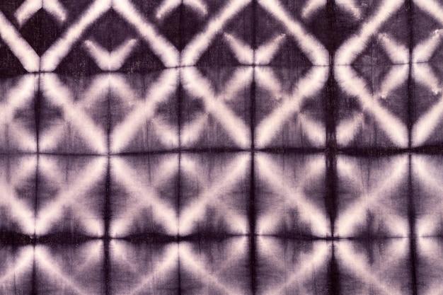 Colocación plana de tela tie-dye