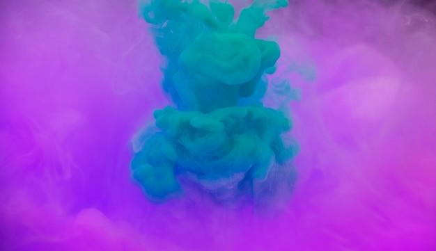 Color acrílico que se disuelve en agua