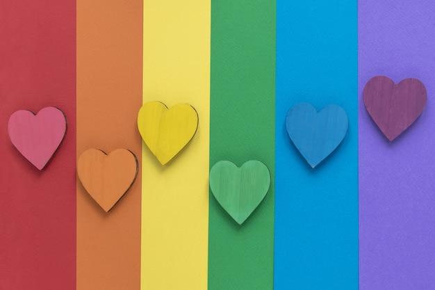 Colores del arco iris con corazones