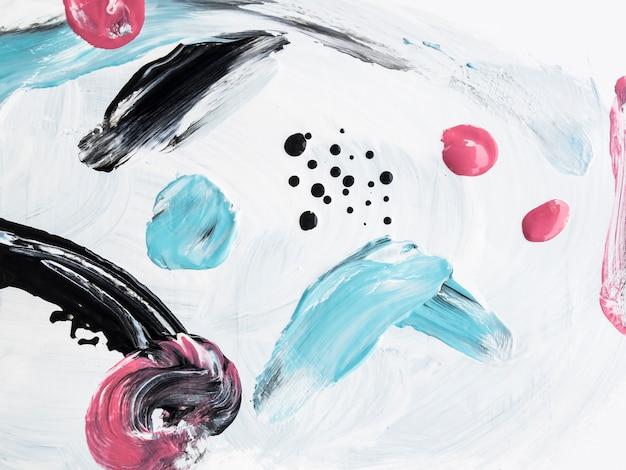 Colorida pintura acrílica con elementos minimalistas.