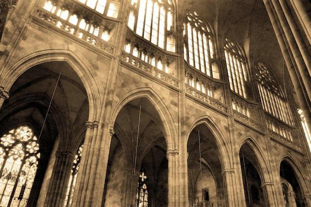 Columnas en una iglesia antigua