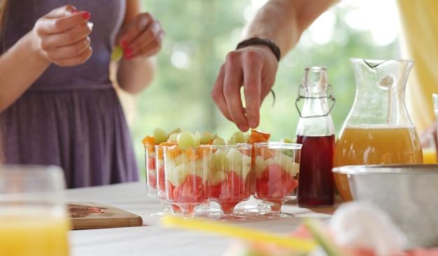 Comida y bebida de picnic