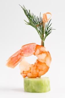 Comida elegante con camarones