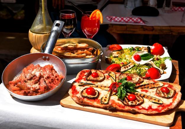Comida italiana sabrosa y famosa