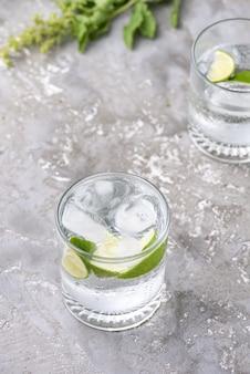 Comida de refresco de limón