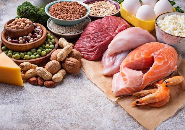 Comida saludable alta en proteínas.