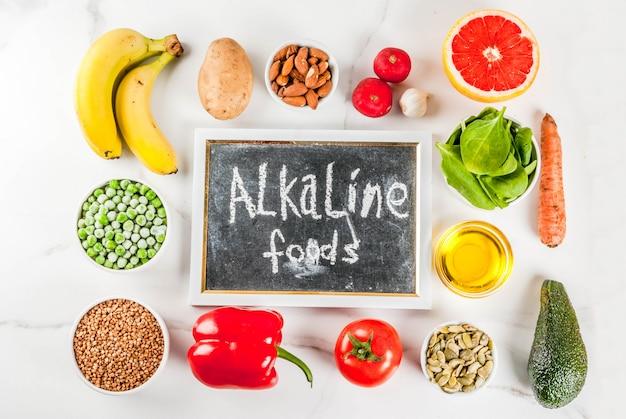 Comida sana, productos de dieta alcalina de moda