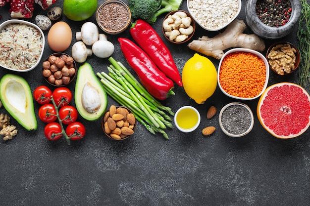 Comida sana, selección de comidas limpias.