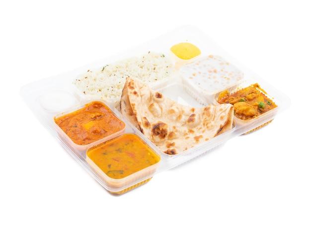 Comida tradicional tradicional india de thali