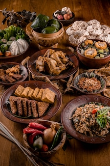 Comidas tradicionales de indonesia asiática