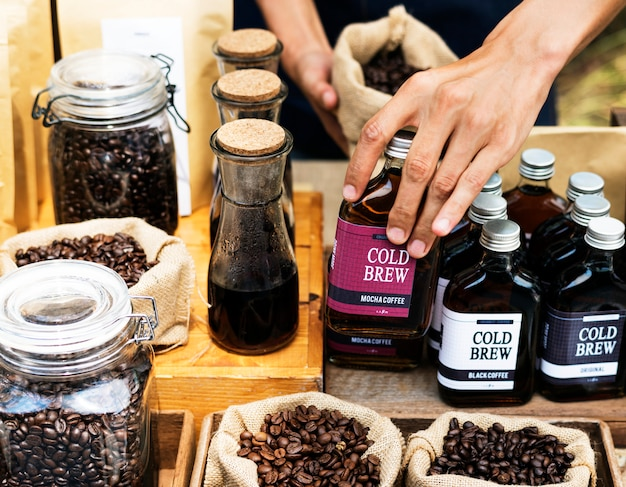 Comienza un nuevo día con un producto de café orgánico.