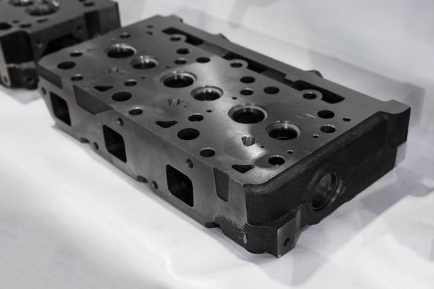 Como cilindro de culata mecanizado de fundición de hierro; de cerca