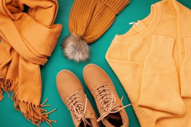 Cómodo otoño, ropa de invierno de compras.