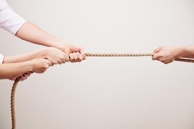 Competencia con tirar de la cuerda
