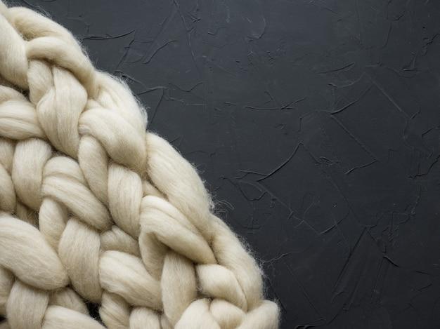 Composición acogedora, primer plano manta de lana merino
