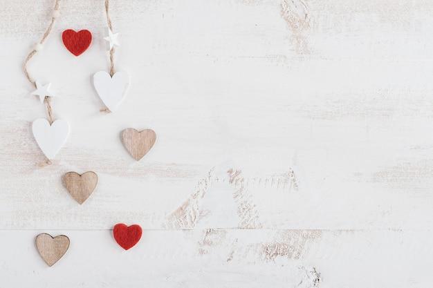 Composición de corazón con espacio de copia