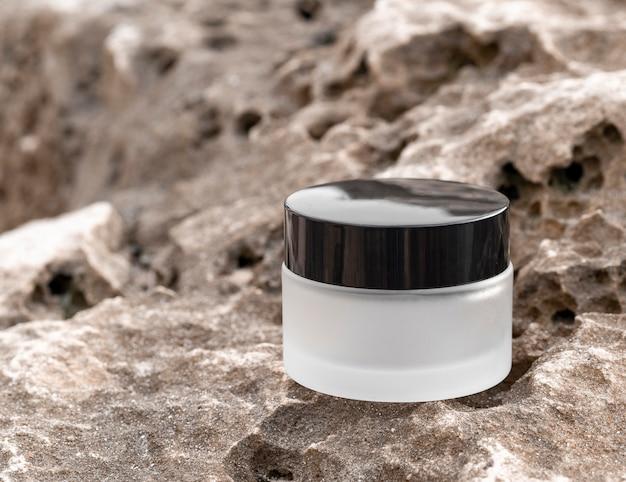 Composición de la crema para el cuidado de la piel.