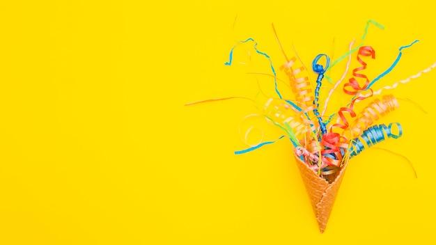 Composición de cumpleaños flat lay con copyspace