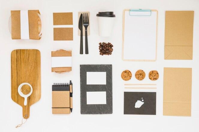 Composición de comida para llevar de vista superior