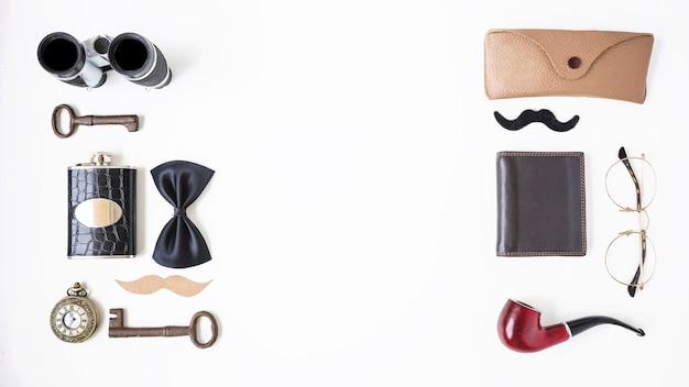 Composición para el día del padre con accesorios