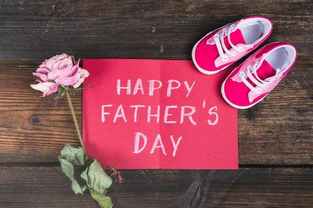 Composición para el día del padre con tarjeta