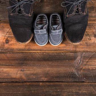 Composición para el día del padre con zapatos