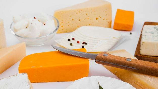 Composición de diferentes tipos de queso