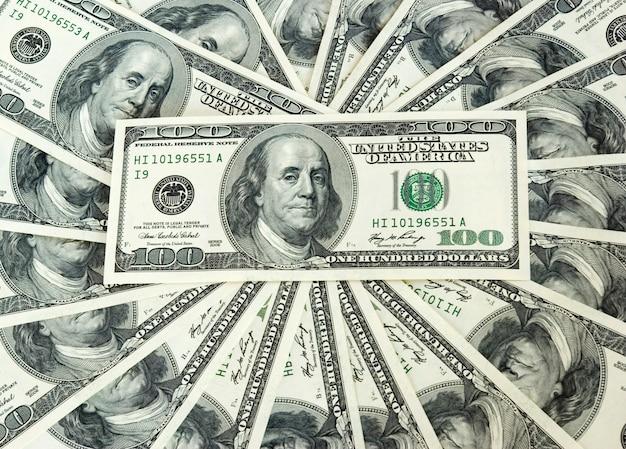 Composición en espiral de dólares