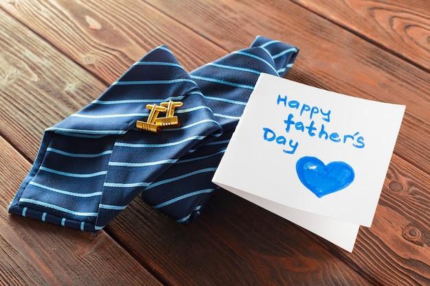 Composición del feliz día del padre.
