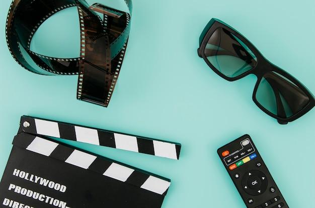 Composición flat lay de elementos de cine