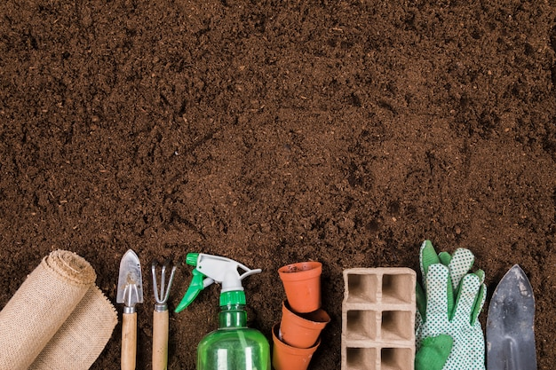 Composición flat lay de jardinería con copyspace