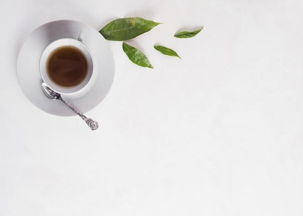 Composición flat lay de té con copyspace