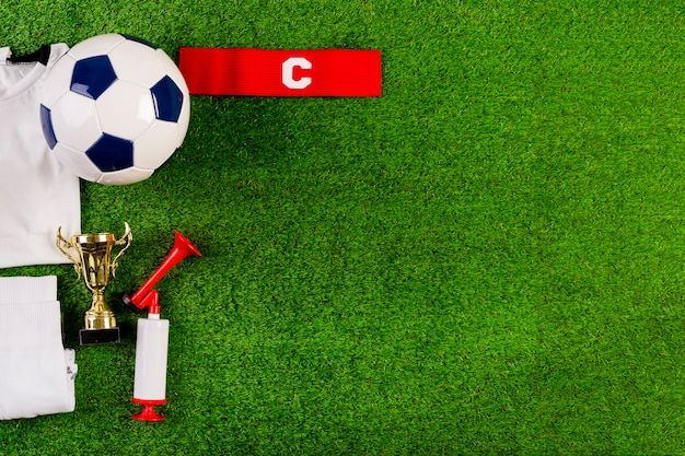 Composición de fútbol con copyspace