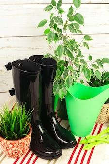 Composición de herramientas de jardinería.