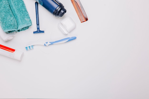 Composición de higiene con espacio abajo