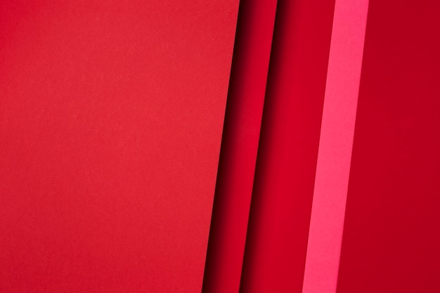 Composición de hojas de papel rojo.