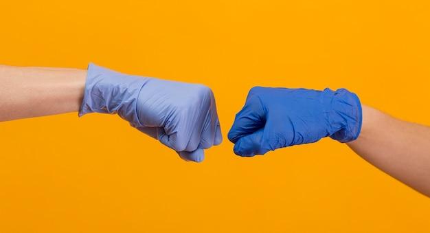 Composición de manos del día de la amistad