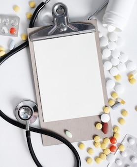 Composición médica con pastillas