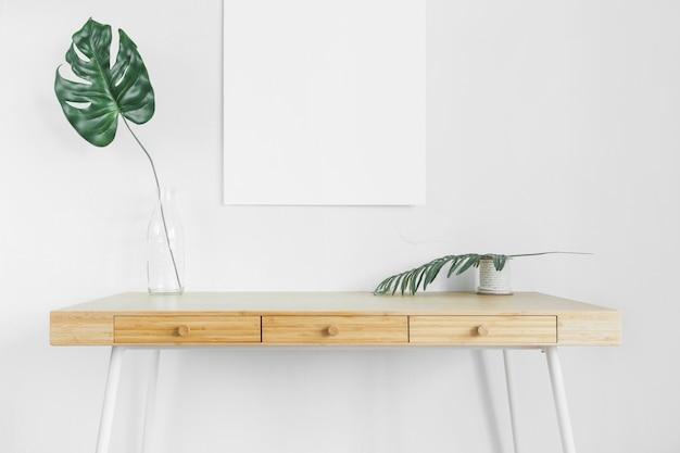 Composición minimalista con muebles modernos