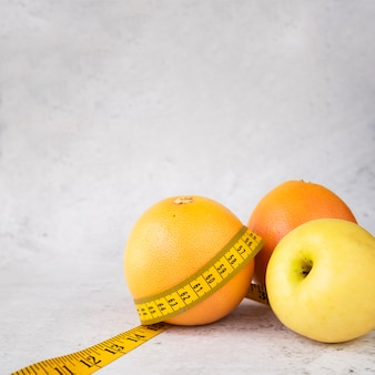 Composición moderna de comida sana