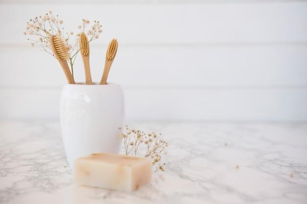 Composición de objetos de baño o spa