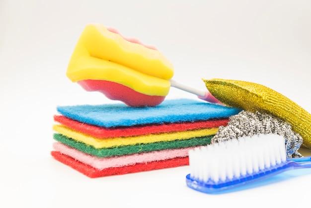 Composición de objetos de limpieza