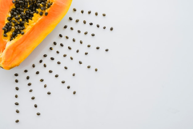 Composición con papaya deliciosa