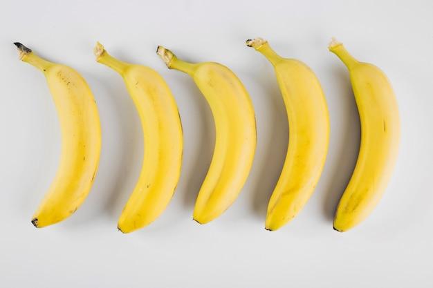 Composición de plátanos maduros