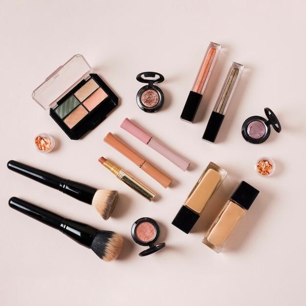 Composición de productos de la industria de la belleza para mujeres.