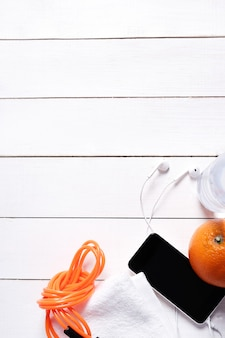 Composición de salud con frutas y agua.