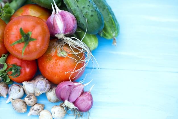 Composición de las verduras tradicionales rusas. vista superior.