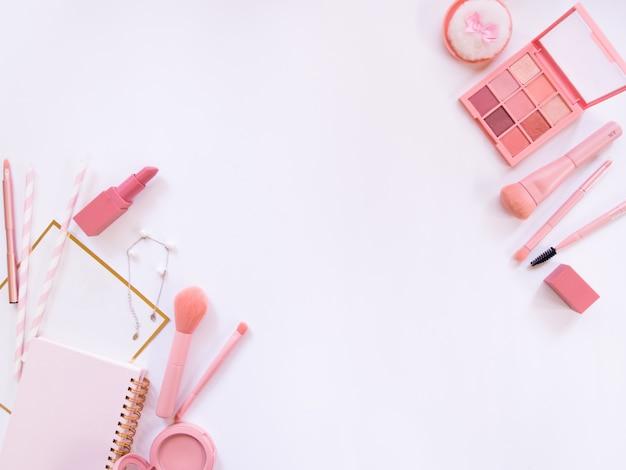 Composición de la vista superior para maquillaje profesional.