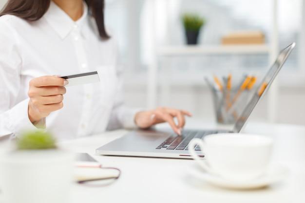 Compras y pago en línea