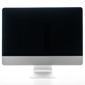 Computadora de escritorio en blanco